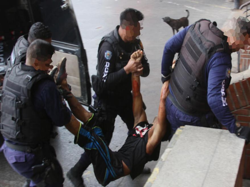 abatido por policias